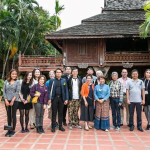 img-385-post-tour_baan-celedon-group-pic