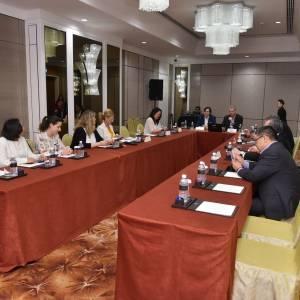 ypp_3168-at-ac-meeting