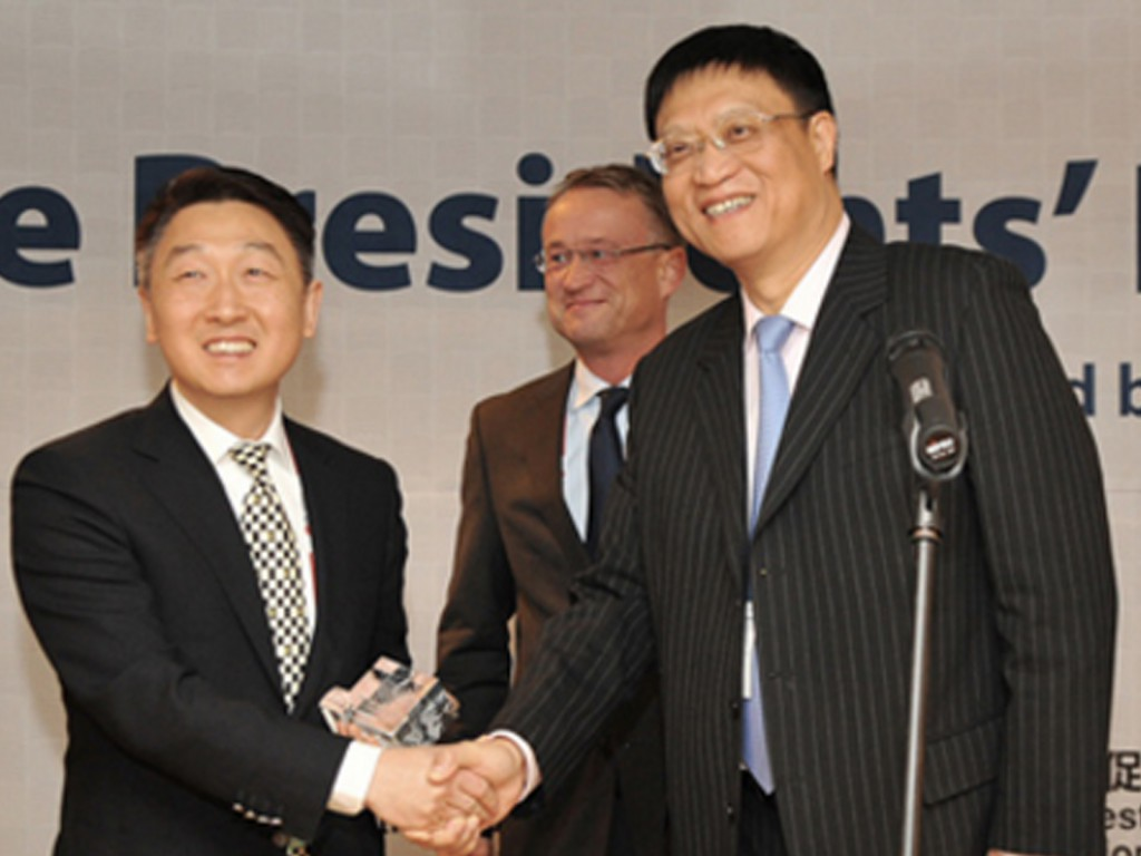 Left to right: Benjamin Chau HKTDC Deputy Executive Director, Christian Glasmacher, Chair of UFI's Marketing Committee and Xianjing Chen, UFI President 2013